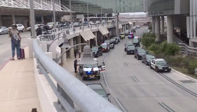 В Техасе полиция предотвратили массовую стрельбу возле аэропорта