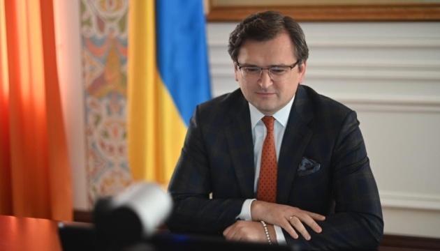 Escalade militaire: Dmytro Kuleba a proposé aux Européens un plan pour contenir la Russie