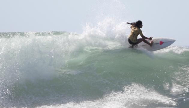 У Сальвадорі серфінгістка загинула від удару блискавки під час підготовки до Олімпіади