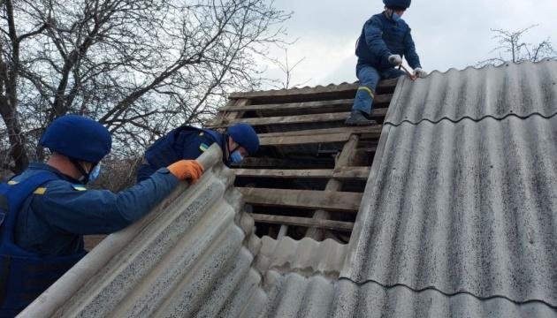 На Донеччині з початку квітня відремонтували понад 90 будинків, пошкоджених окупантами