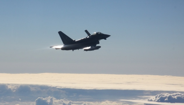 Винищувачі НАТО в Балтії п'ять разів за тиждень «вели» військові літаки РФ