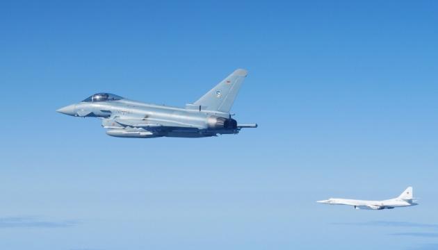 Патрулі НАТО перехопили над Балтією винищувачі, бомбардувальники й літак-розвідник з РФ