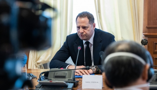 Yermak sees idea of inviting Putin to Kyiv as wrong