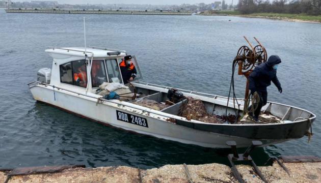 В Украину вернулись рыбаки, задержанные ФСБ в Черном море
