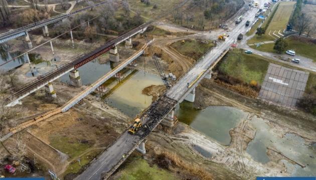 На Херсонщине продолжается реконструкция моста через Северо-Крымский канал