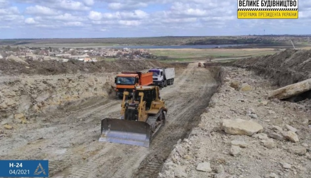 На Миколаївщині будують новий міст через річку Гнилий Єланець