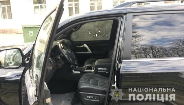 В Днипре - спецоперация: неизвестные расстреляли автомобиль, водитель погиб