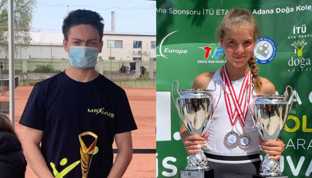 Украинские юниоры Агинский и Сокольвак выиграли титулы Tennis Europe