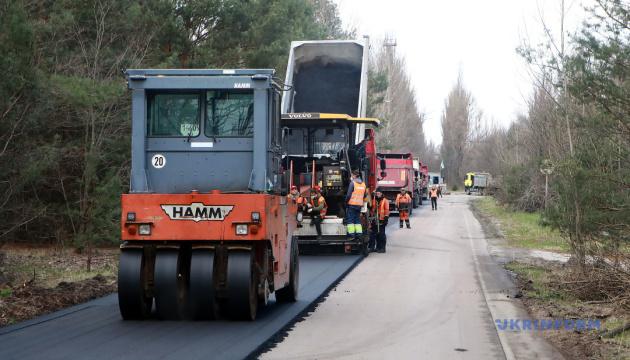 В Чернобыльской зоне обновляют дороги и планируют построить современный КПП – Кирилл Тимошенко