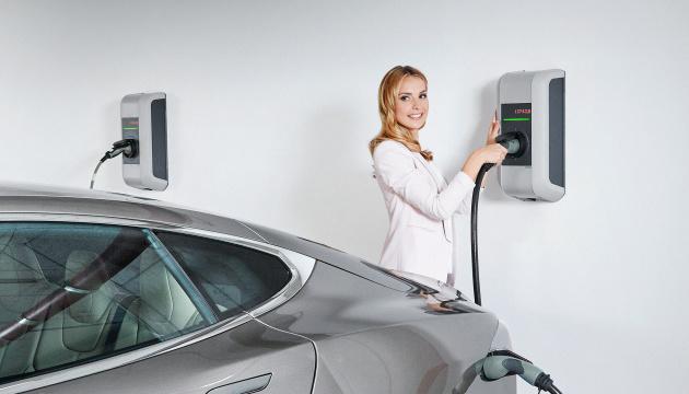 KEBA входить до числа провідних європейських виробників настінних зарядних станцій