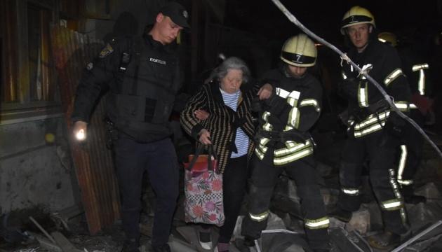 В Одессе взрыв газа разрушил дом, из-под завалов вытащили двух пострадавших