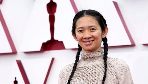 У Китаї видаляють новини про перемогу режисерки на «Оскарі» через її критику Пекіна