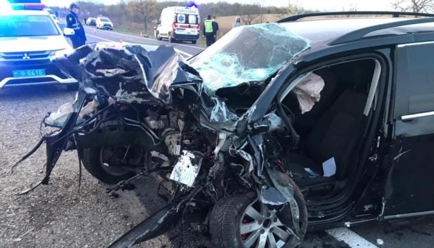 У Мукачево столкнулись Volkswagen полицейского и Skoda - трое погибших