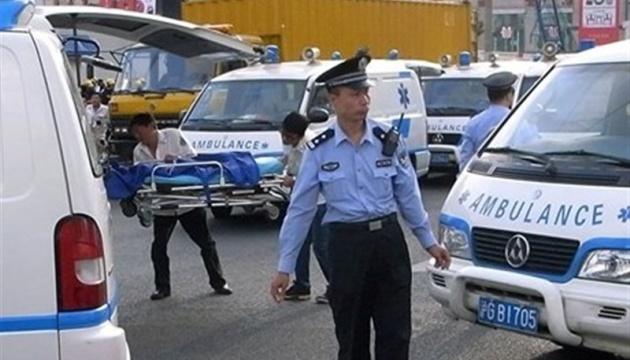 У Китаї чоловік поранив ножем 16 дітей у дитсадку