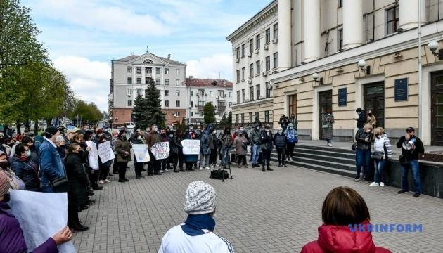 У Запоріжжі підприємці вийшли на мітинг і перекрили рух транспорту