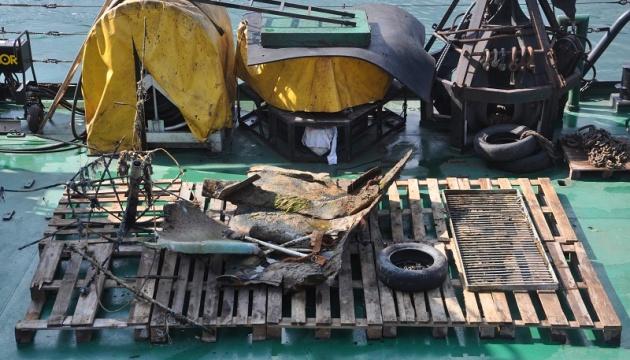 Водолази повторно очистили дно на місці аварії танкера Delfi
