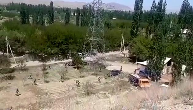 Сутички на киргизько-таджицькому кордоні: Бішкек повідомляє про 13 загиблих