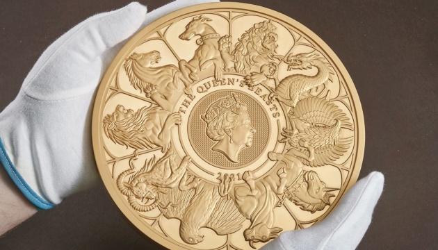 У Британії виготовили десятикілограмову золоту монету