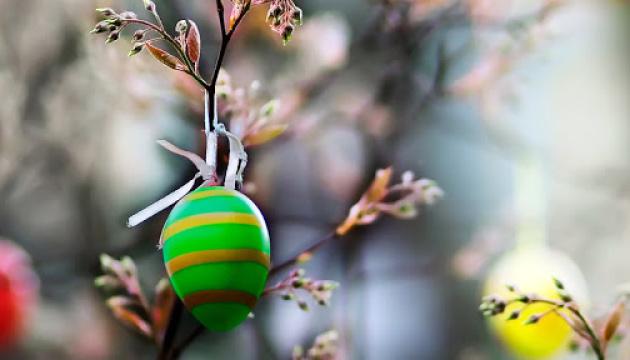 На Великдень в Україні прогнозують дощі з грозами і до +25°