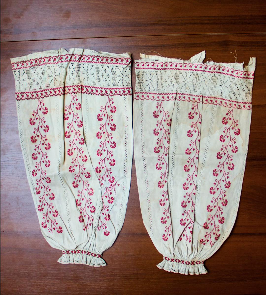Рукави сорочки Лесі Українки