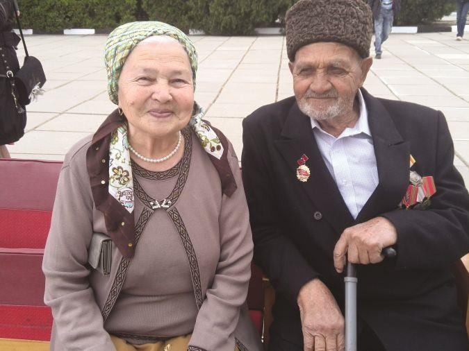 Рефат и Мусфире Муслимовы. 9 мая 2014 года. Фото из семейного архива