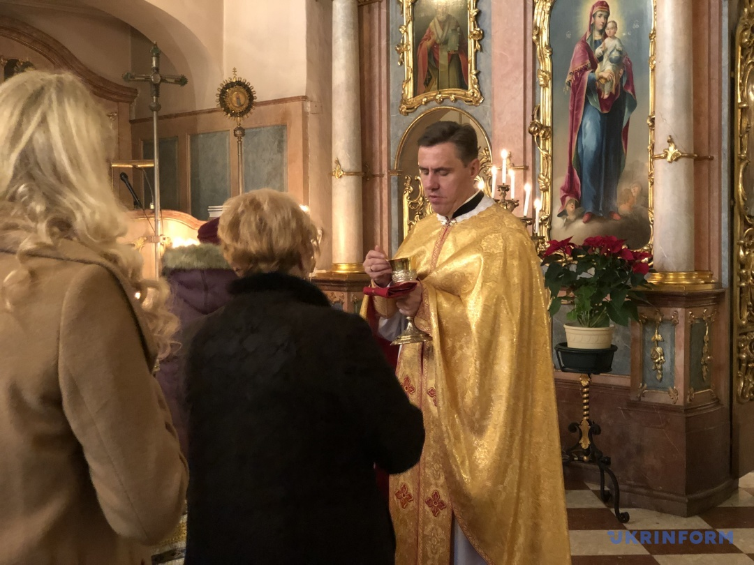 Отець Тарас (Шагала)