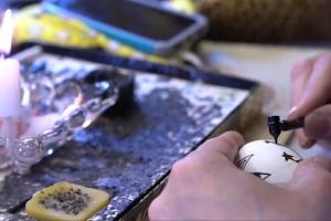 Як канадка зберігає українську традицію писанкарства