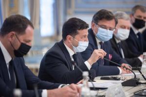 Зеленський передав на розгляд США новий елемент стратегії щодо конфлікту на сході України - Кулеба