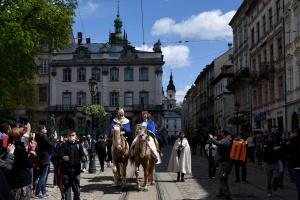 Король, лицарі та герольд: Львів відсвяткував День міста у «середньовічному» форматі