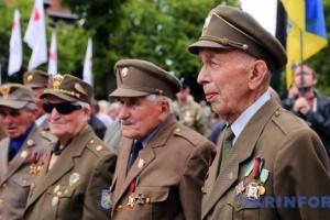 Більшість українців схвалюють визнання воїнів УПА борцями за Незалежність
