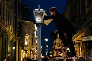 У Чернівцях відновлюють щотижневе запалення кованого ліхтаря