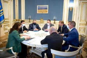 В Україні хочуть збирати швейцарські поїзди - Зеленський зустрівся з інвесторами Stadler