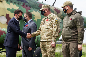 President arrives in Luhansk region with G7, EU ambassadors