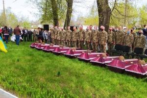 В Житомирской области перезахоронили 100 воинов, погибших во Вторую мировую