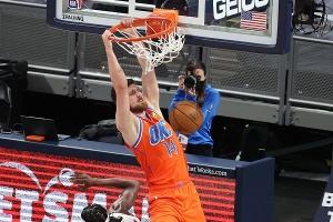 НБА: Михайлюк набрав 17 очок в матчі проти «Голден Стейт», Лень допоміг «Вашингтону» обіграти «Індіану»