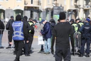 Поліція 9 травня вже відкрила п'ять кримінальних проваджень