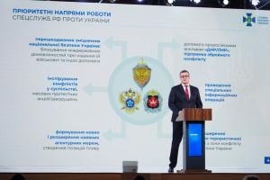 Ударна група РФ на кордоні з Україною налічує близько 100 тисяч військових – Баканов