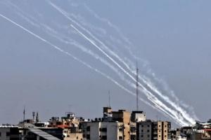 З Сектора Гази запустили ще 130 ракет по Тель-Авіву