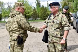Іноземні військові аташе відвідали позиції ЗСУ на передовій