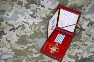 Зеленський нагородив прикордонника, пораненого під час нападу у Петербурзі