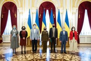 У Маріїнському палаці запустили україно- та англомовні аудіогіди