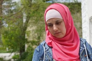 Дружину вбитого в Криму під час обшуку Рахімова відпустили після другої години ночі - адвокат