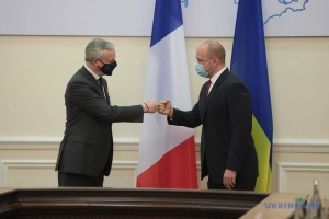 Украина и Франция подписали четыре соглашения на более €1,3 миллиарда