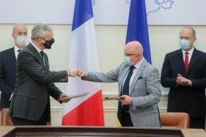 L'Ukraine et la France ont signé quatre accords pour la somme de 1,3 milliard d'euros
