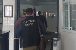 Обшуки в Києві: метрополітен заявляє про політичний тиск