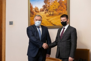 Жовква обсудил с госсекретарем МИД Эстонии ситуацию с безопасностью на востоке Украины