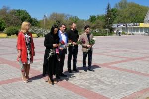 Джамала и Сеитаблаев почтили память жертв геноцида крымских татар