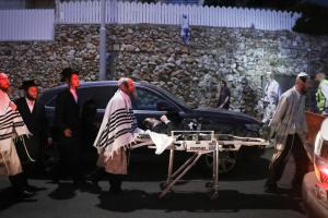 Два человека погибли в результате обвала трибуны в Израиле