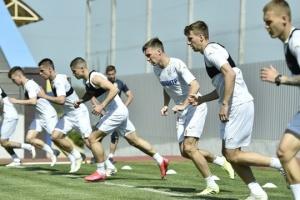 Футболисты сборной Украины провели в Харькове очередную тренировку
