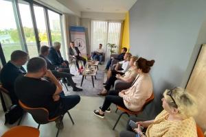 Українці у Стамбулі зустрілася з заступником очільника МЗС України